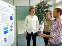 Teilnehmer der Deutschen Neutronenstreutagung 2012 bei der Poster Session